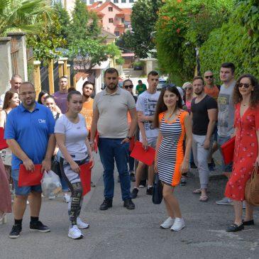 Videmocracy, Tirane